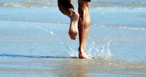 Running-on-beach;-by-sundero